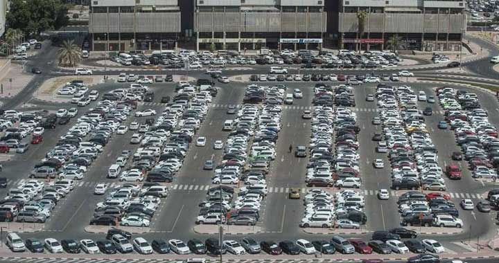Dubai has so Many Cars, but what about Parking Spaces