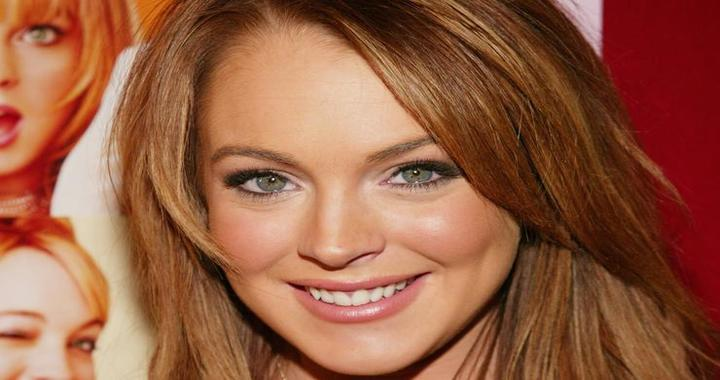 Lindsay Lohan plans to Design Own 'Lohan Islands' in Dubai